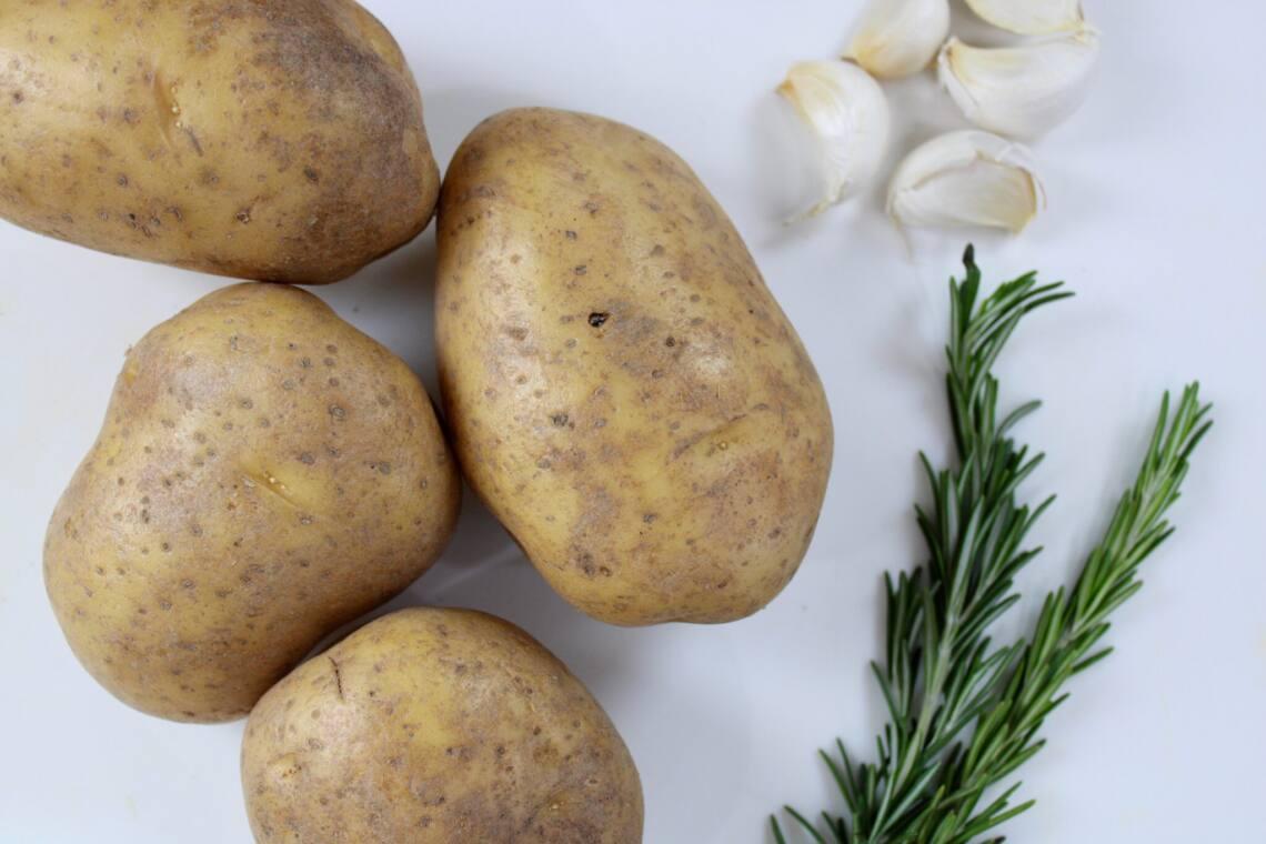 rosemary potatoes and garlic