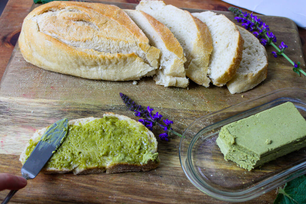 bread and vegan ramp butter