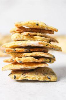 Homemade Black Sesame Crackers